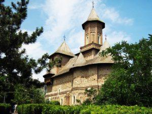Die befestigte Kirche St. Precista