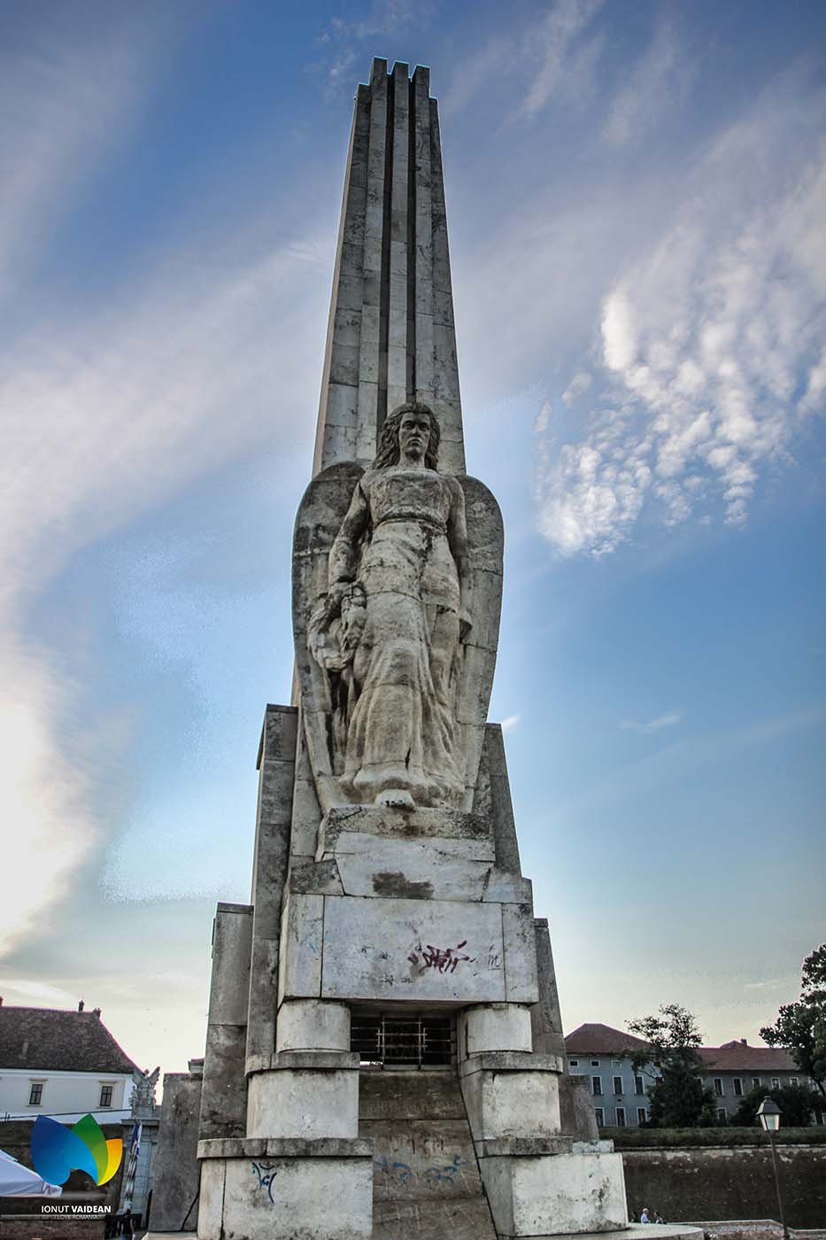 Obelisk Horea, Closca und Crisan