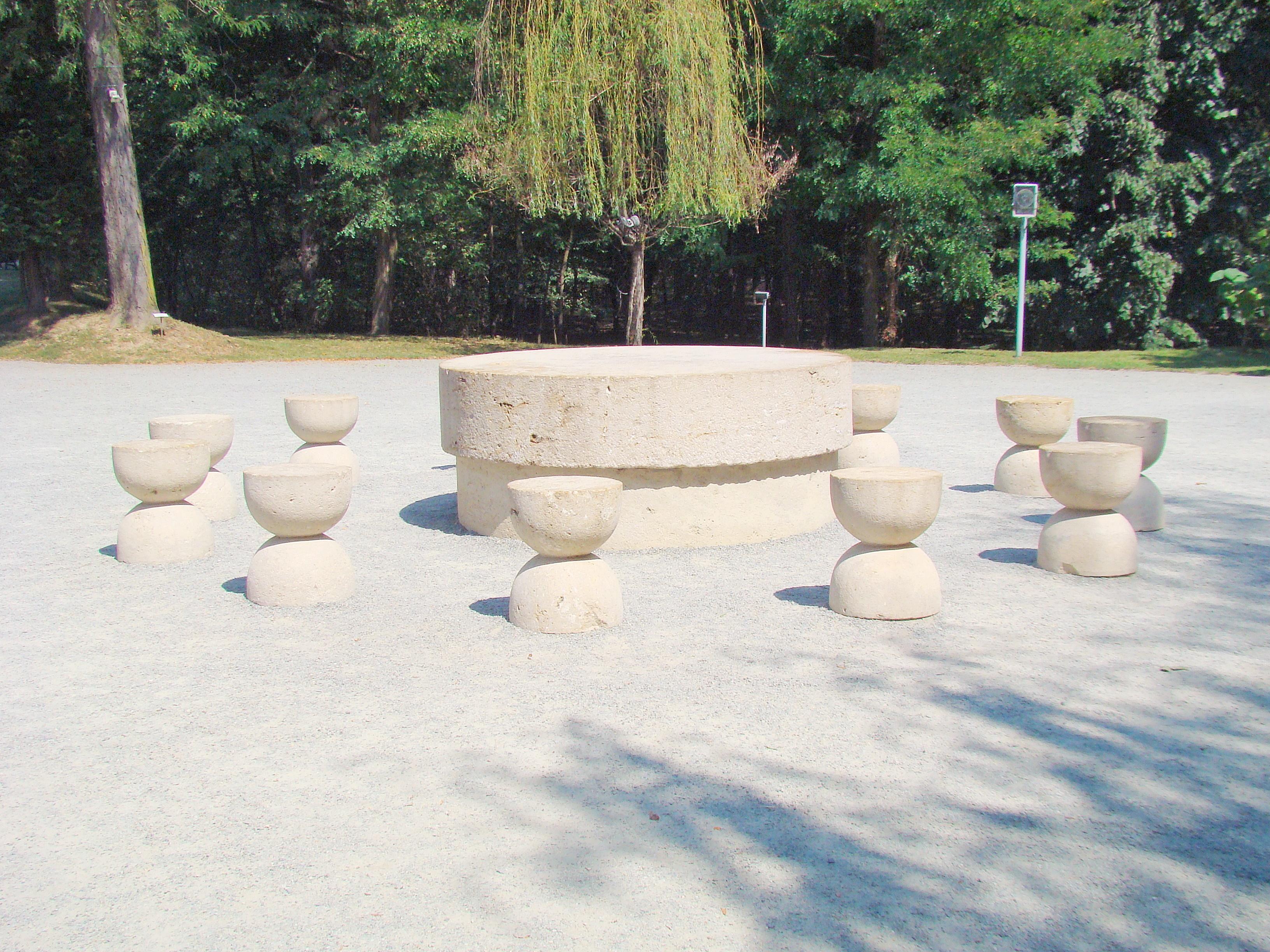 Der Tisch der Stille