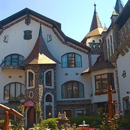 Unsere Empfehlung: <br> Castelul Printul Vanator <br> Cluj Napoca