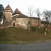 Befestigte kirche von Apold <br> 15 Km von Sighisoara
