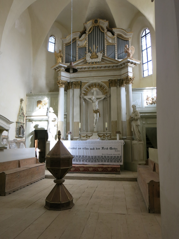 Biserica Fortificata din Apold
