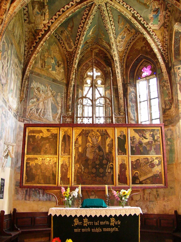 Biserica Fortificata din Malancrav
